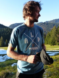 Men T-Shirt Adventure Dullblue