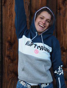 woman-hoodie-180-gibraltar3